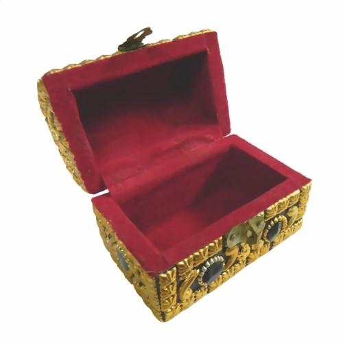 piratenkiste goldglanz 10x6x8cm achatsteine indischer basar online shop f r waren direkt aus. Black Bedroom Furniture Sets. Home Design Ideas